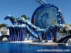 Sea World has some of the greatest rides and best shows. Here's our review of popular rides at Sea World.