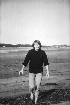 Mary Oliver on What Attention Really Means and Her Moving Elegy for Her Soul Mate – Brain Pickings