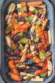 Pieczone warzywa z sosem z granatów » Jadłonomia