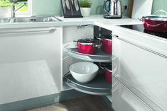 Risultati immagini per astuce rangement cuisine Nobilia Kitchen, Kitchen Cabinet Design, Kitchen Layout, Kitchen Living, Minimalist Kitchen, Minimalist Interior, Cuisine Elite, Diy Design, Modern Kitchens