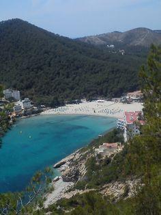 Views of Cala Llonga beach B)