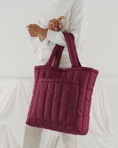 Nylon Tote Bags, S Man, Shopping Bag, Purses And Bags, Man Shop, Zip, Cushion, Exterior, Closure