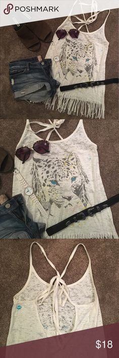 Billibong Lion Fringe Tank Cotton fringe tank, back toes so you can adjust how tight you'd like it. In great condition! Billabong Tops Tank Tops