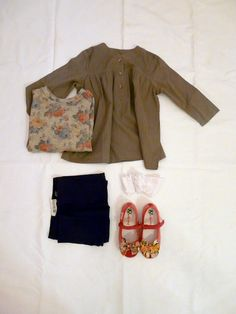 outfit for kids  ANG UN BEBE' SHIRT and the FLOWERS