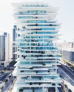 The Beirut Terraces @herzogdemeuron lies in the heart of the capital of Lebanon. Standing at 119 meters tall the multilayered residences protrude and pull back to create a play of light and shadows for each of the unique interiors.  Photo by @iwanbaan #dcnarchitecture #dcnlifestyle #herzogdemeuron