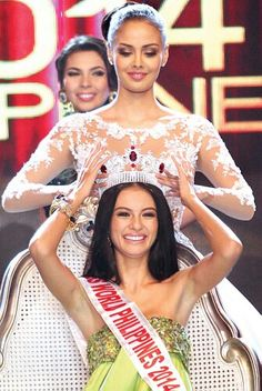 Miss World 2013 Megan Young passed her national crown to Valerie Weigmann last October 12, 2014 at the Mall of Asia Arena in Pasay City, Philippines.