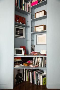 étagère à livres en coin Margherita Ratti