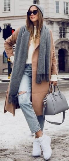 Sweater and scarf from Acne Studios // coat from Make Way for Bubbleroom // old jeans from Topshop // Givenchy bag // Nike Air Force FLYKNIT || Kenzas #sweater
