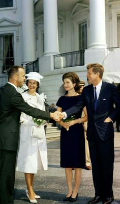 Nadire Atas on the Kennedy Compound Hyannis Port President John F. Jackie Kennedy Wedding, Jfk And Jackie Kennedy, Jaqueline Kennedy, Robert Kennedy, Dc United, United States, Kennedy Compound, Hyannis Port, Vintage Couture