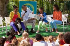 """The Obama family reading """"Where the Wild Things Are"""" at the 2012 White House Easter Egg Roll"""