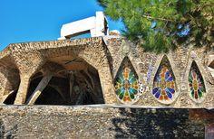 Cripta_de_la_Colònia_Güell_(Santa_Coloma_de_Cervelló)_-_13.jpg (2978×1954)