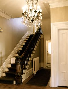 love this foyer. I love the baseboards. Victorian Hallway, Modern Victorian, Victorian Homes, Entry Stairs, Entry Hallway, Parker House, Foyer Decorating, Interior Decorating, Small Hallways