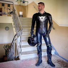 Voir un billet récent de @brigrr sur #dainese. Découvrez d'autres billets sur #leather et #dainese. Motorcycle Suit, Motorcycle Leather, Leather Jumpsuit, Leather Pants, Motard Sexy, Bike Leathers, Biker Gear, Men In Uniform, Sexy Men