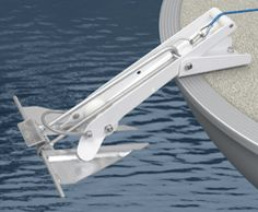 Pontoon 35 is ideal for pontoons to raise and lower your anchor with the press of a button. It has an integrated davit to help with clearance of the anchor.