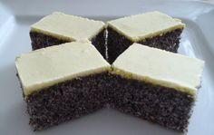 Bleskový koláč, který máte připravený do hodinky. Skvělý, křehký koláček se žloutkovou polevou, který potěší vaše chuťové pohárky. Vyzkoušejte ke kávičce. Mňamka!