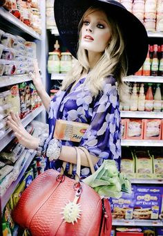 the grocery store was never so glamorous! - Vogue Mexico