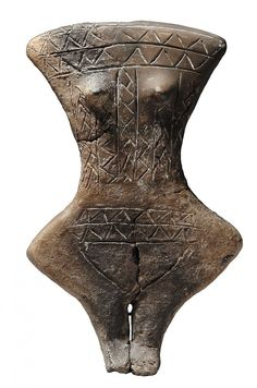 Exploring the beauty and mystery of the female figurine and her mythic journey through time. Ancient Goddesses, Gods And Goddesses, Historical Artifacts, Ancient Artifacts, Abstract Sculpture, Sculpture Art, Art Premier, Mother Goddess, Old Art