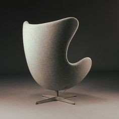 Друзья, в работе заказ на уже классику современности кресло Egg (Яйцо) Chair в ткани от Arne Jacobsen (Эмиль Арне Якобсен) Сроки изготовления на данную модель всего 1 месяц Великолепное кресло Egg Chair от Arne Jacobsen (Эмиль Арне Якобсен) в наличии в ткани, экокоже, кашемире, натуральной коже Акция -33%.  Актуальная цена - от 48 910 руб. ДоставкаРоссия, Казахстан, Беларусь. Обращайтесь #кресло #креслораспродажа #креслояйцо #дизайнерскоекресло #лофткресло #eggchair #egg #loft #лофт…