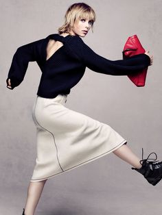 Edie Campbell Pose for Vogue China Magazine December 2015 editorial Photoshoot
