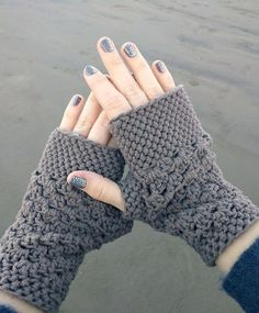 Cute and trendy fingerless gloves ... FREE crochet pattern too!: