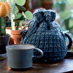 Tea Cozy, Knitted Hats, Knit Crochet, Diy And Crafts, Winter Hats, Knitting, Inspiration, Design, Let's Create