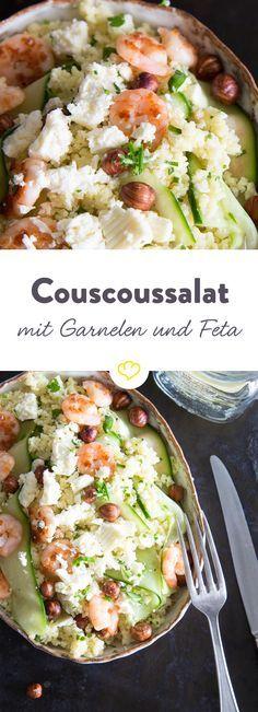 Couscoussalat mit Feta, Gurken und Garnelen - schmeckt nach einem Kurztrip auf die griechische Insel Mykonos!