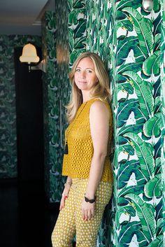 Tania Popovic hizo del placer de viajar su profesión. Hoy es representante de destinos turísticos y hoteles de lujo en todo el mundo. Con top y pantalón, Zara. Aros y anillos, Swarovski.