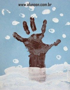 24 Ideias de Mural para Inverno - Educação Infantil - Aluno On Turkey Handprint, Handprint Art, Infant Activities, Activities For Kids, Art Projects, Projects To Try, Thanksgiving This Year, Ocean Scenes, Pot Of Gold