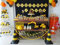 Dump Truck Birthday Party Ideas Construction Theme Ideas For 2019 Construction Birthday Parties, Construction Party, 4th Birthday Parties, Baby Boy Birthday, Third Birthday, Digger Party, Start The Party, Birthday Decorations, Caterpillar