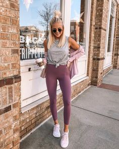 Street style, workout outfit, cute workout clothes, lululemon, yoga clothes - All About Legging Outfits, Yoga Outfits, Sport Outfits, Dress Outfits, Summer Leggings Outfits, Wearing Dresses, Dress Shoes, Summer Shorts, Cute Workout Outfits