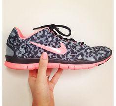 c96e5e753cbc Nike leopard print shoe! Tried them got the more practical shoe... I