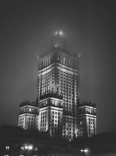Warsaw by night New York Skyline, Louvre, Night, Building, Travel, Bed, Viajes, Buildings