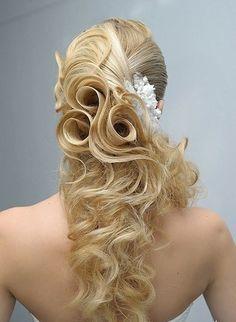 Hair Roses by Yulia Ivanchikova of Russia. Yulia is a master stylist. #hotonbeauty fb.com/hotbeautymagazine