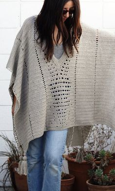 [Free Crochet Pattern] The Perfect Poncho For The Trip Or For Everyday Use