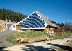 El Rappenecker Hütte es el primer restaurante solar europeo, está situado en la Selva Negra alemana, y el pasado 27 de Julio cumplió 350 años y 25 de su instalación solar