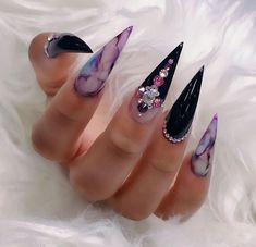 These stiletto nails are on fleek! Love this nail art idea . - These stiletto nails are on fleek! Love this nail art idea … – Nails – # - Sexy Nails, Dope Nails, Fancy Nails, Bling Nails, Nails On Fleek, Stiletto Nail Art, Cute Acrylic Nails, Stiletto Nail Designs, Pastel Nails