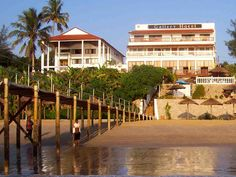 Mozambique - Catembe Gallery Hotel