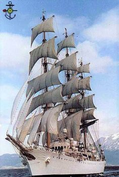 Yatch Boat, Legend Of The Seas, Old Sailing Ships, Wooden Ship, Tug Boats, Armada, Small Boats, Wooden Boats, Tall Ships