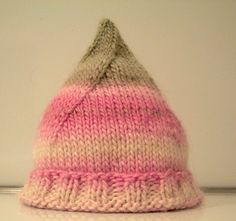 pixie hat by z's momma ~ free pattern
