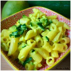Paste cu dovlecei si smantana dulce Kid Friendly Meals, Celery, Pasta Salad, Macaroni And Cheese, Vegetables, Ethnic Recipes, Food, Mariana, Bebe