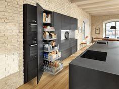 Kitchen Cabinets Brands, Kitchen Cabinet Hardware, Cabinet Doors, Best Kitchen Layout, Design Your Kitchen, Closed Kitchen, New Kitchen, Kitchen Ideas, Pantry Inspiration