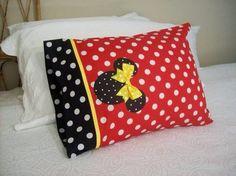Custom Boutique Minnie Mouse Red & Black Polka cute idea for travel to Disney Disney Diy, Disney Crafts, Disney Trips, Disney Cruise, Disney Dream, Disney Pillows, Disney Quilt, Mickey Minnie Mouse, Disney Mickey