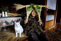Misao the Big Mama and Fukumaru the Cat. amzn.to/RpH09n