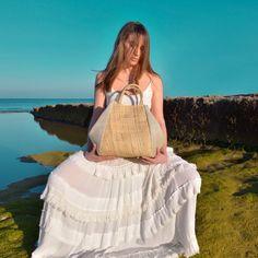 Image of LOLA Curtido, Summer Bags, Drawstring Backpack, Straw Bag, Backpacks, Image, Handmade Handbags, Natural Materials, Pockets