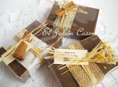 Jabones Lujo de Chocolate Soap Shop, Ideas Para Fiestas, Soap Packaging, Home Made Soap, Chocolate, Decoupage, Essential Oils, Artisan, Wraps