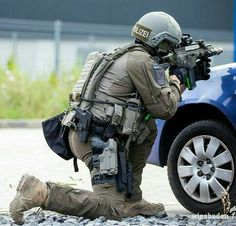 Military Gear, Military Police, Airsoft Gear, Tactical Gear, Military Archives, Military Special Forces, Combat Gear, Tac Gear, Green Beret