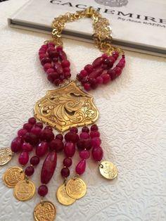 Beaded Jewelry, Jewelry Necklaces, Handmade Jewelry, Bracelets, Jewellery, Fashion Art, Fashion Jewelry, Artisanal, Traditional Dresses