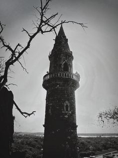 There was a secret to Dead Man's Tower. It wasn't really a tower, and a man never died there. A woman did. Spooky Places, My Fantasy World, Another World, Dark Beauty, Story Inspiration, Conte, Far Away, Illusions, Abandoned