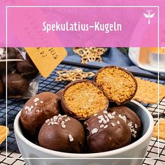 Spekulatius balls recipe DELICIOUS The post Spekulatius balls recipe DELICIOUS appeared first on Dessert Factory. Easy Baked Chicken, Baked Chicken Breast, Baked Chicken Recipes, Easy Snacks, Yummy Snacks, Yummy Drinks, Yummy Food, Brownie Desserts, Brownie Recipes