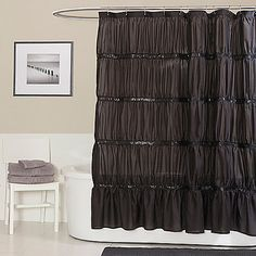 Bring a little glamour into your bathroom with the Twinkle black shower curtain. This gorgeous shower curtain is made from a high-quality micro fiber.